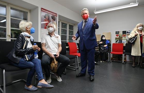 Wien startet Impf-Kampagne im Gemeindebau.