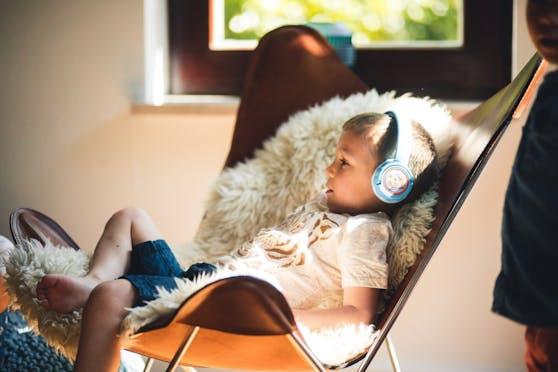 Der Kekzhörer ermöglicht Kindern ab 3 Jahren ihre Lieblingsaudioinhalte völlig selbstbestimmt zu steuern.