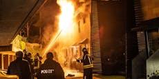 Mehrfamilienhaus geht in Lienz in Flammen auf