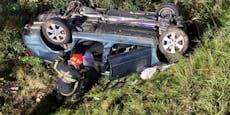 Lenker landete auf der S4 im Graben - schwer verletzt