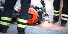 Biker schwebt in Lebensgefahr nach Unfall mit Auto