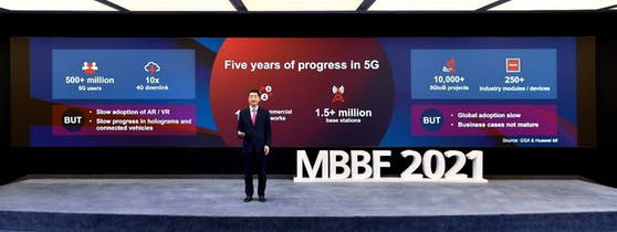 Ken Hu, Rotating Deputy Chairman von Huawei spricht über die 5G-Entwicklung auf der MBBF 2021