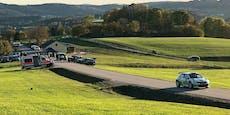 Bei Rallye in OÖ mit Auto gegen Baum, zwei Verletzte