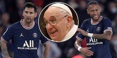 Neymar fällt aus, Messi schenkt dem Papst ein Trikot