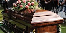 Aufruf in der Steiermark – Corona-Fall bei Begräbnis