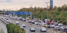 Motorrad-Crash – Heli landet auf Autobahn in Wien