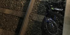 Sabotageakt – Fahrrad vor durchfahrenden Zug geworfen