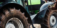 Bauer (50) bei Mistarbeiten von Traktor überrollt - tot