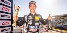Nico Gruber krönt sich frühzeitig zum Tourenwagen-Champ