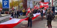 Minister bei Demo mit Nazi-Verbrecher gleichgesetzt