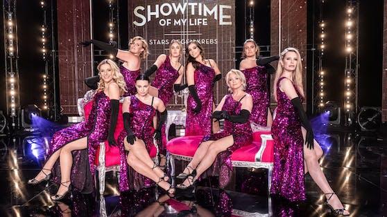 """Als eine von acht Promi-Damen zieht Lili Paul-Roncalli (4.v.re.) in der VOX-Sendung """"Showtime of my Life"""" für die Krebsvorsorge blank."""