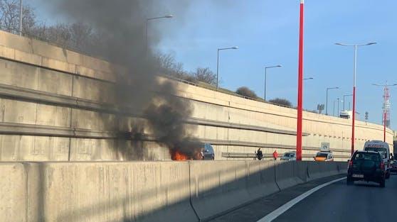 Autobrand auf der Südosttangete (A23)
