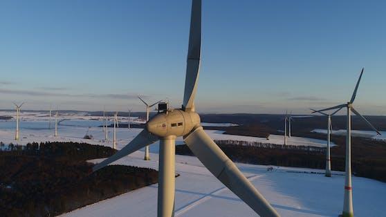Gemeinsam mit WestfalenWIND arbeitet Zattoo am klimaneutralen Fernsehen der Zukunft.