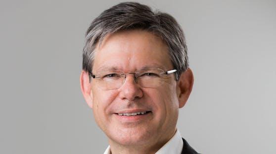 Mit 1. Februar übernimmt Rudolf Schrefl die CEO-Agenden bei Drei von Jan Trionow.