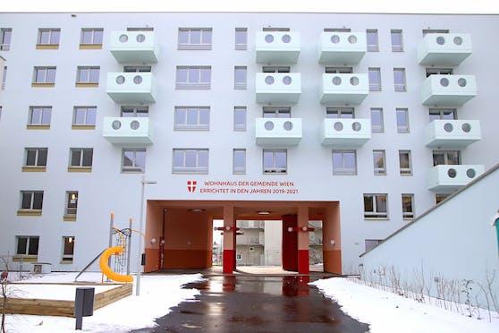 """Der zweite """"Gemeindebau Neu"""" ist fertiggestellt, bis Ende des Monats werden die 123 Wohnungen an ihre künftigen Bewohner übergeben."""