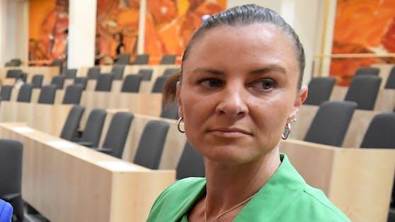 Katharina Nehammer wurde Mittelpunkt von wüsten Corona-Gerüchten.