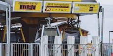 Sperrzone Tirol: Polizei löst Corona-Party in Hotel auf