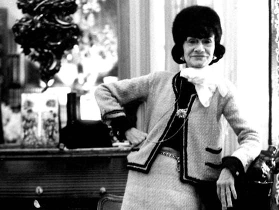 Coco Chanel 1971 in Paris