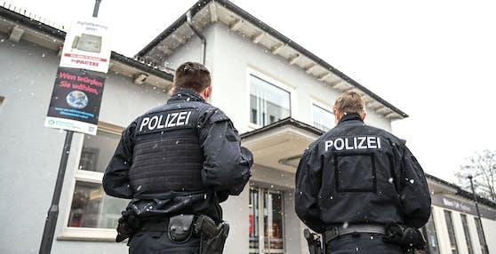 Polizei am Bahnhof Ravensburg.
