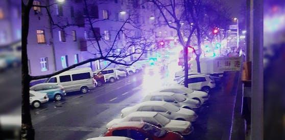 In Wien-Brigittenau rückten Feuerwehr und Rettung Mittwoch zu einem Gasaustritt an