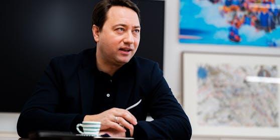 FPÖ-Chef Manfred Haimbuchner im Interview.