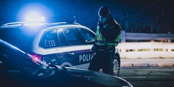 Am Sonntagabend zog die Salzburger Polizei einen 16-Jährigen aus dem Verkehr (Symbolbild)