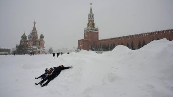 So viel Schnee gab es in Moskau schon lange nicht mehr.