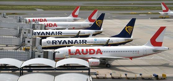 Laudamotion und Ryanair-Flugzeuge aufgenommen am Freitag, 22. Mai 2020, am Flughafen Wien-Schwechat.
