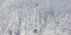 Wintersportler für Stunden in Seilbahn-Gondel gefangen