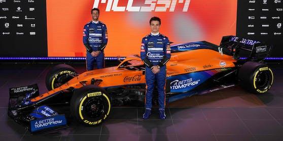 Der neue Dienstwagen von Lando Norris (r.) und Daniel Ricciardo