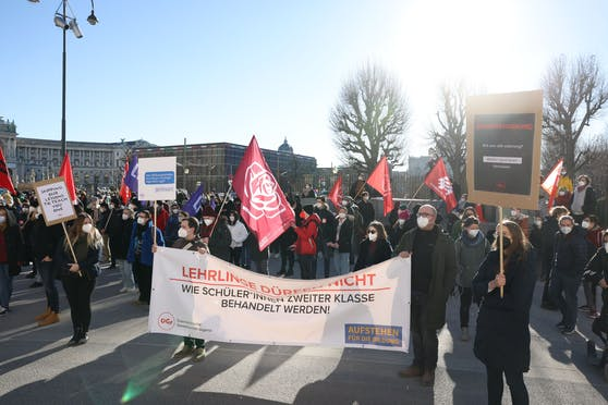Schüler-Demo in der Wiener Innenstadt