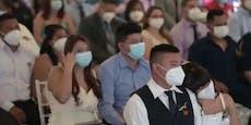 Corona-Massenhochzeit: Über 40 Paare gaben sich Ja-Wort