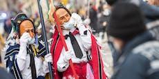 Hunderte feiern trotz Verbots bei Faschingsumzug