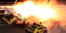 Feuerunfall und Sensationssieg bei Daytona 500