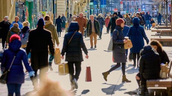 Die Wiener Kärntner Straße, Österreichs teuerste Einkaufsstraße, war in der ersten Woche nach dem Lockdown gut besucht
