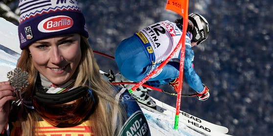 Mikaela Shiffrin hängt Jared Goldberg ab.