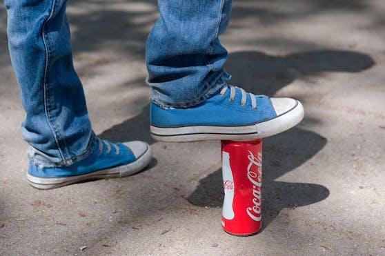 Die Viren, die uns derzeit in Angst und Schrecken versetzen, passen in eine Cola-Dose.