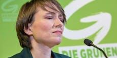 """Dann ist er weg"": Grüne stellen Blümel Ultimatum"