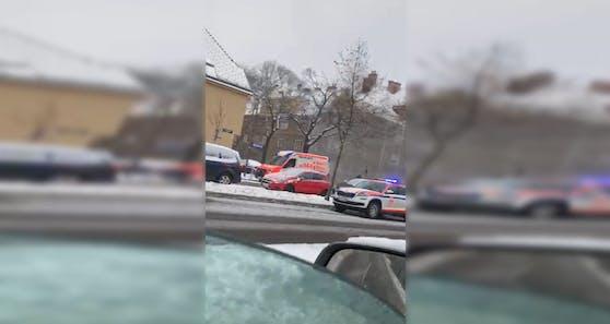 Eine 55-Jährige wurde bei dem Vorfall in der Possingergasse verletzt.