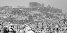 Heftiger Schneefall lässt Athen im Chaos versinken