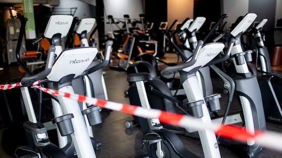 Seit 15 Wochen sind Fitnessstudios, Gastro und Hotels geschlossen. Symbolbild
