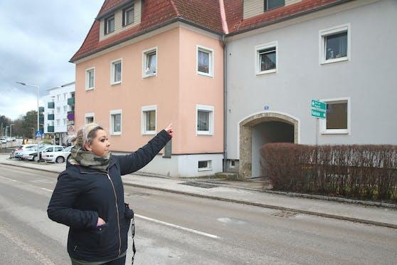 Der 71-Jährige lag fünf Tage hilflos in seiner Wohnung. Nachbarin Jaqueline Untersberger hörte die Hilfeschreie und verständigte die Rettungskräfte.