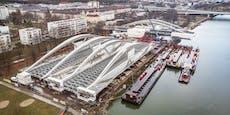 """5.600 Tonnen Stahl """"schweben"""" über die Donau"""