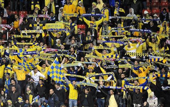 Fans von Maccabi Tel Aviv und Co. dürfen bald wieder in die Arenen.