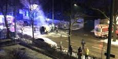 Streudienst-Auto geht nach Eis-Crash in Flammen auf