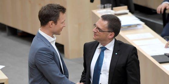 ÖVP-Klubobmann August Wöginer (re.) stärkt Finanzminister Gernot Blümel den Rücken. Archivbild.