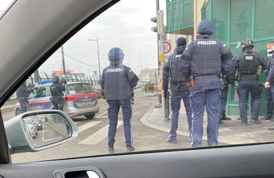 Großer Polizei-Einsatz in Wien-Favoriten