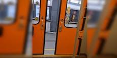 Wiener U-Bahn-Tür öffnete sich plötzlich von alleine
