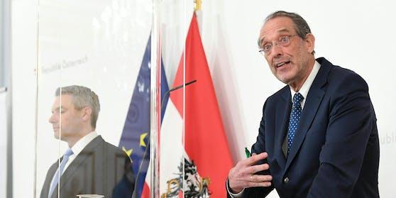 Bildungsminister Heinz Faßmann bei der Pressekonferenz am Dienstag, 02. Februar 2021.