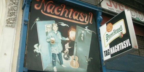 """Auch der tschechische Ex-PräsidentVaclav Havel war in den 1990ern nach einem Staatsbesuch zu Gast im """"Nachtasyl""""."""